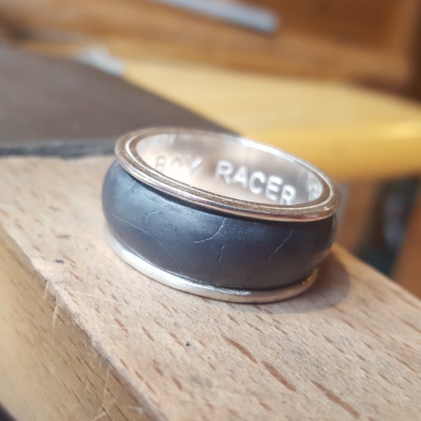 Spinning tyre ring