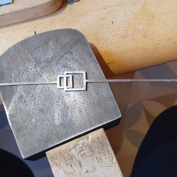 The making of the interlocking bangle