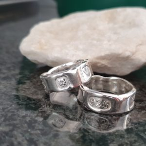 Hallmarked with a chipped marble effect